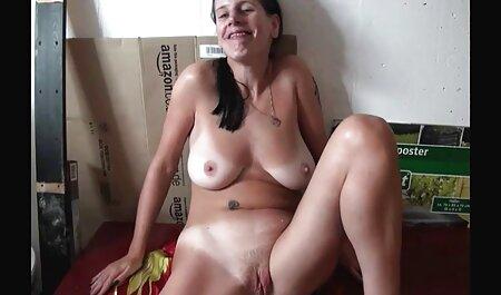 लैटिन जीना वेलेंटीना अपने सेक्सी वीडियो फिल्म फुल एचडी में नए प्रेमी के एक सदस्य के बारे में पागल है