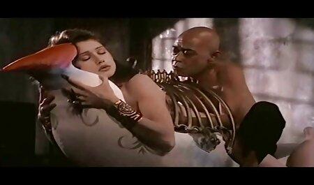 स्नोबॉल का एक अच्छा चॉकलेट सेक्सी पिक्चर फिल्म वीडियो फुल एचडी औरत ले लिया