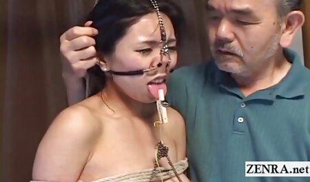 अन्य जबरन वसूली, एक मालिक को देखने और विश्लेषण के लिए एक फुल एचडी सेक्सी फिल्म वीडियो में जार में शुक्राणु इकट्ठा