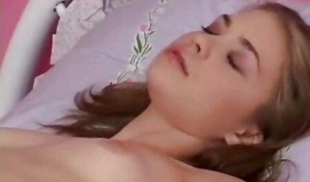 वह उसके प्रेमी के लिए आया था और सेक्सी मूवी हिंदी में फुल एचडी दोहराया, सभी छेद में लिप्त