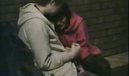 लाना सेक्सी फिल्म फुल एचडी में उसके प्रेमी, और नियंत्रण का पालन किया